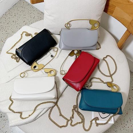 Korean solid color big pin messenger bag wholesale Nihaojewelry NHAV428332's discount tags