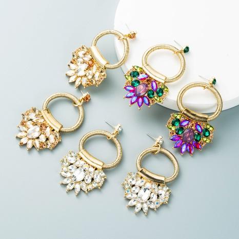 Pendientes colgantes de flores de diamantes retro al por mayor nihaojewelry NHLN430248's discount tags
