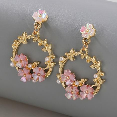 Pendientes de perlas colgantes de flores simples al por mayor nihaojewelry NHGY429264's discount tags