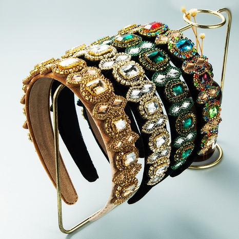 bandeau baroque en flanelle de diamant en gros Nihaojewelry NHLN431602's discount tags
