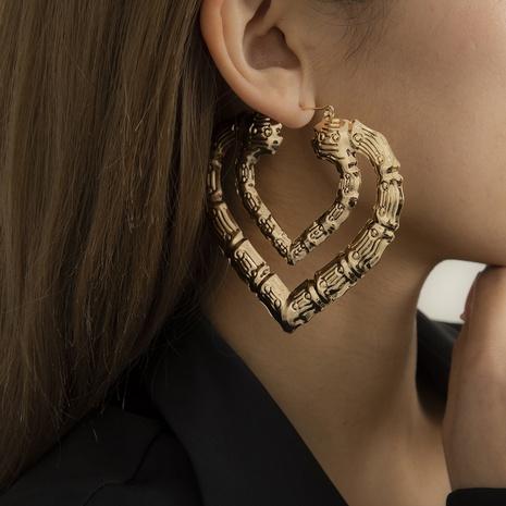 Retro geometrische Doppelherz große Ohrringe Großhandel Nihaojewelry NHXR431712's discount tags