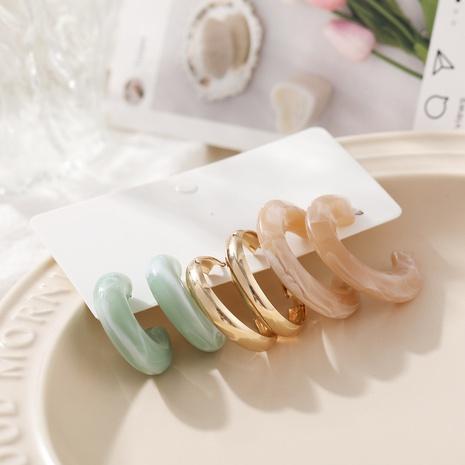 Boucles d'oreilles en forme de C en résine de mode 3 paires en gros Nihaojewelry NHHER431931's discount tags
