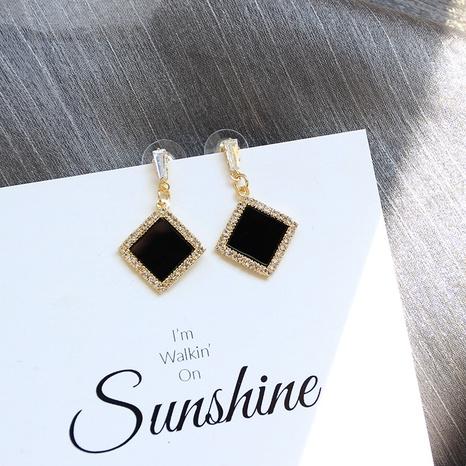 Boucles d'oreilles rondes carrées à la mode en gros Nihaojewelry NHHER431951's discount tags