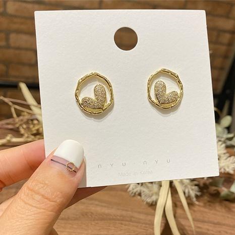 Boucles d'oreilles coeur cercle coréen en gros Nihaojewelry NHHER431962's discount tags