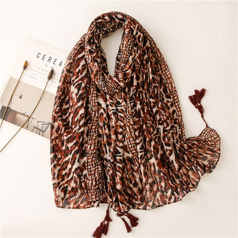 European and American fashion coffee color leopard print soft Bali yarn cotton and linen hand feeling scarf decoration travel sunscreen shawl silk scarf NHGD434163's discount tags