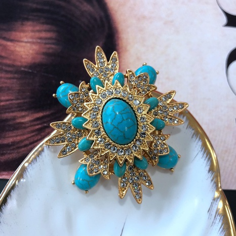 electroplating real gold turquoise gem diamond brooch accessories retro court style brooch NHOM434562's discount tags