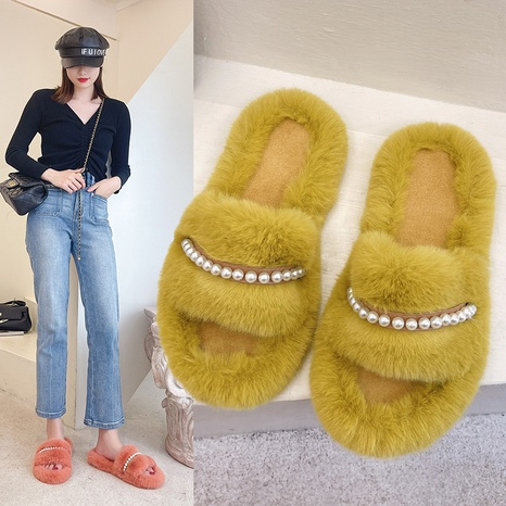 2021 new plush slippers for women's outer wear in autumn and winter plush net red fashion flat-bottomed pearls NHMIX435615's discount tags