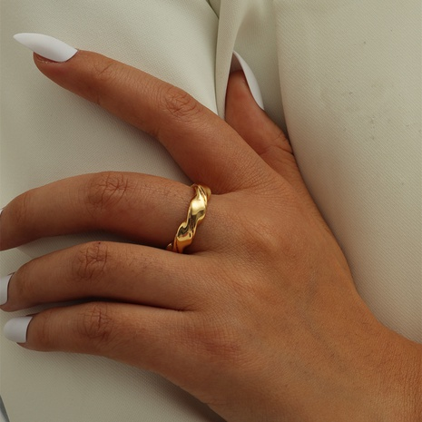 Cross-border hot sale new European and American jewelry ring women French retro glossy ring NHIQ439730's discount tags