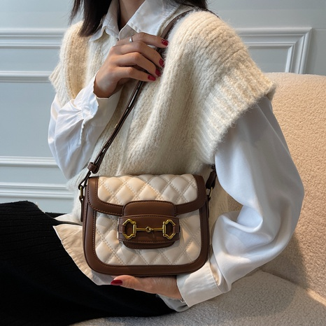 Embroidered Thread Messenger Bag Fashion Casual Lingge Shoulder Bag Small Square Bag NHTG436837's discount tags