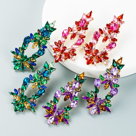kreative geometrische hohle Legierung eingelegte Farbe Strassohrringe Großhandel Nihaojewelry NHLN418187's discount tags