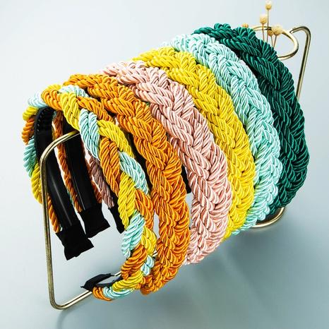 Koreanisches Twist gewebtes Geflecht buntes Stirnband Großhandel Nihaojewelry NHLN418191's discount tags