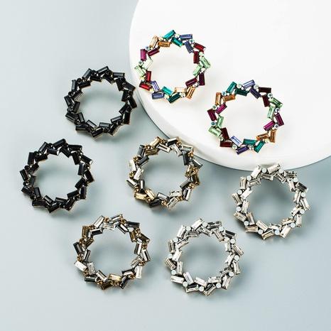 Retro einfache hohle geometrische runde Legierung Diamantohrringe Großhandel Nihaojewelry NHLN418199's discount tags