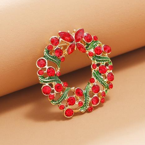 Corona redonda Navidad diamante goteando aceite campana broche al por mayor Nihaojewelry NHKQ418559's discount tags