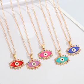 Retro Devil's Eye Color Diamond Pendent Necklace Wholesale Nihaojewelry  NHGO419004