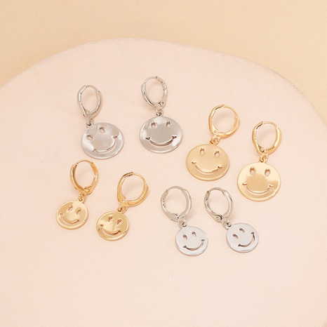 Simple geometric glossy sequin smiley earrings wholesale Nihaojewelry NHRN419159's discount tags