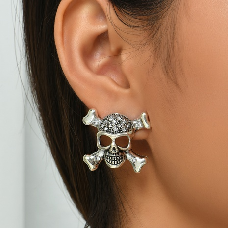 Halloween punk style diamond skull pendant earrings wholesale nihaojewelry  NHYAO421500's discount tags
