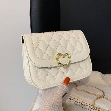 Korean style rhombic chain shoulder messenger pearl handbag wholesale nihaojewelry  NHRU420641's discount tags