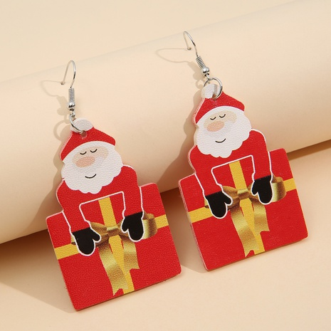 nouvelles boucles d'oreilles en cuir de boîte-cadeau du père Noël de bande dessinée en gros Nihaojewelry NHQIY421682's discount tags